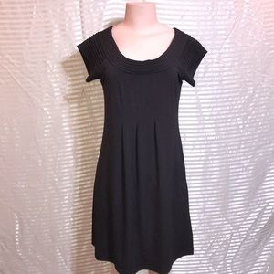Black Mid Pleated Fitted Sheath Dress Casual Scoop